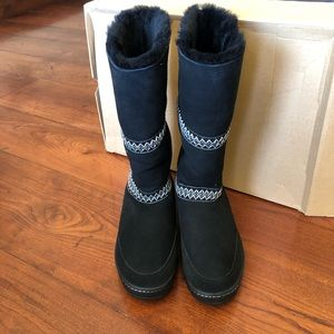 NIB UGG W Sundance Revival winter snow boots sz 11